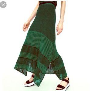 Limited edition ZARA knit maxi skirt NWT Medium